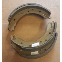 Rear brake shoes (early)
