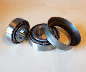 Front wheel bearings with seal (set)